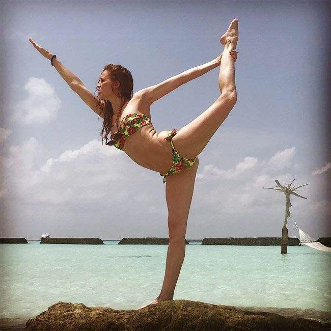 Maria Castro yoga